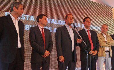 Ferraresi junto a Daniel Scioli en la inauguración de obras en la Autopista Buenos Aires – La Plata