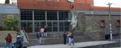ANALIZAN EL INGRESO DEL PRESUPUESTO 2015 A LA LEGISLATURA