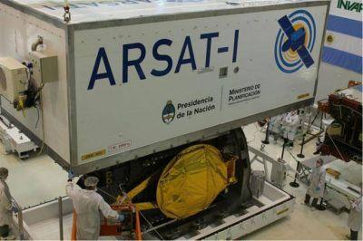 ARSAT-1: la pampeana Ana Caumo dará el OK para el despegue