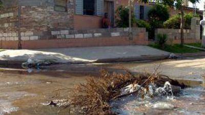 Declaran la emergencia ambiental y sanitaria en la ciudad de Belén por el desborde de la red cloacal