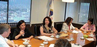 Poderes Judicial y Ejecutivo trabajan sobre problem�tica de menores en riesgo y violencia familiar