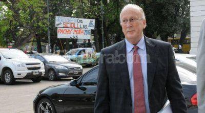 Senadores prometen tratar pronto las leyes pedidas por el jefe de los fiscales