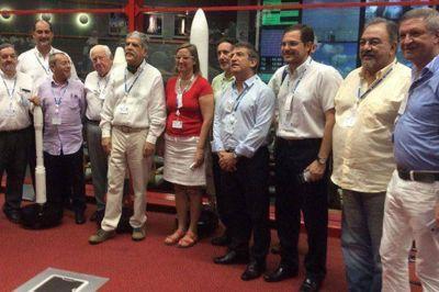 """Urribarri: """"Un paso adelante para las comunicaciones, un salto gigante para la Argentina"""""""