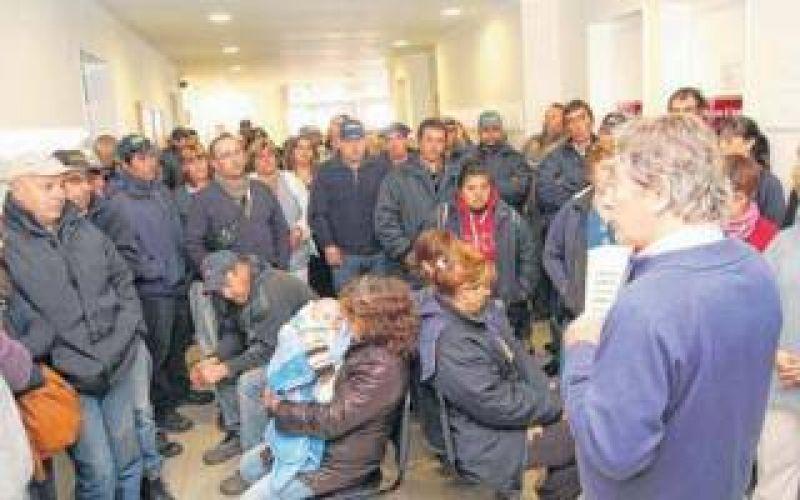 Paro de municipales en Saavedra: Reclaman di�logo con el Intendente