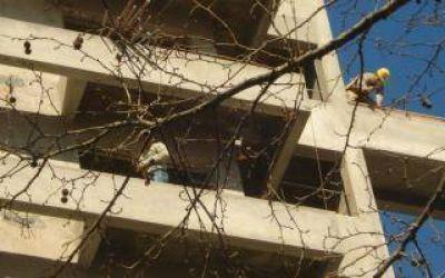 Suspenden obras en construcción en Lomas de Zamora y Almirante Brown