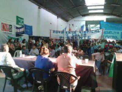 El Frente Plural realizó su acto en apoyo a Urtubey