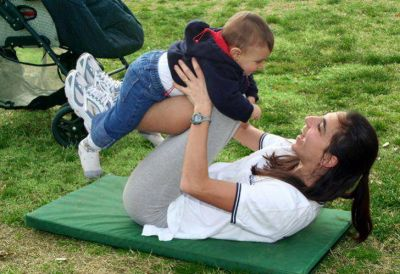 Posparto sexy: crecen las opciones de belleza para madres recientes