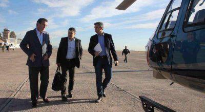 Galuccio y De Vido se cruzan denuncias de corrupción por los barcos de gas licuado