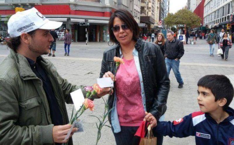 Particular agasajo en el Día de la Madre de la Juventud Sindical de la CGT - See more at: http://www.elretratodehoy.com.ar/ver_nota.asp?cod=33698#sthash.TUq7Hhp7.dpuf