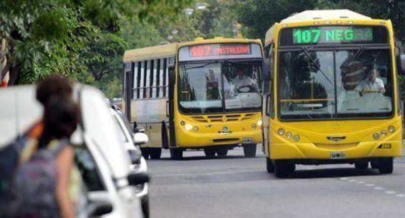 Transporte: las frecuencias se redujeron casi un 40 por ciento