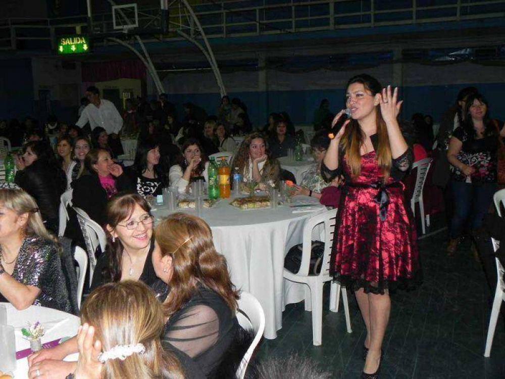 UTHGRA festejó el Día de la Madre con una gran fiesta en Bomberos