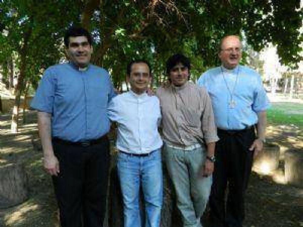 Serán ordenados tres nuevos sacerdotes