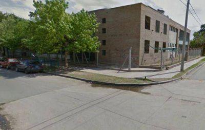V�ndalos robaron netbooks de un colegio en C�rdoba
