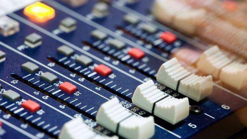 Preocupación por la salida del aire de FM Litoral