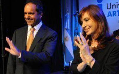 Cristina y Scioli juntos en el Teatro Argentino