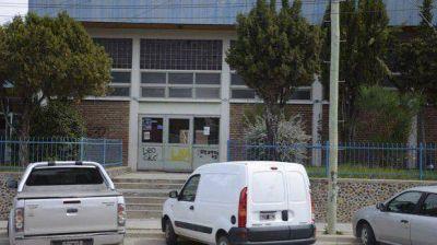 Una alumna del Colegio 143 dice haber sido abusada por el profesor