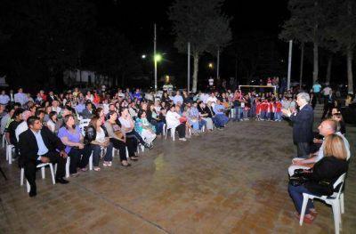 Poggi entregó 47 aportes a ONG de Pringles y Pueyrredón