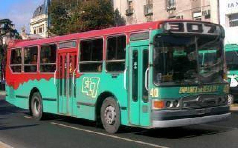 Se levantó el paro de transporte que afectó a La Plata y Ensenada