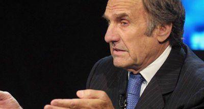 Carlos Alberto Reutemann: �Hay que esperar a ver qu� pasa�