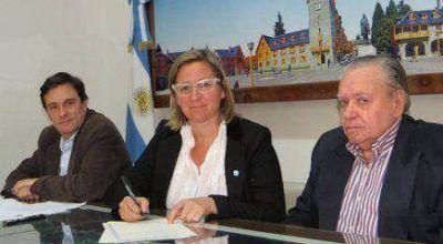 Municipio ya es dueño de las tierras para el Procrear y el Mercado Comunitario