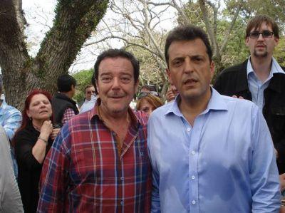 Rodolfo Romero participó del acto de Sergio Massa en la Isla Martín García