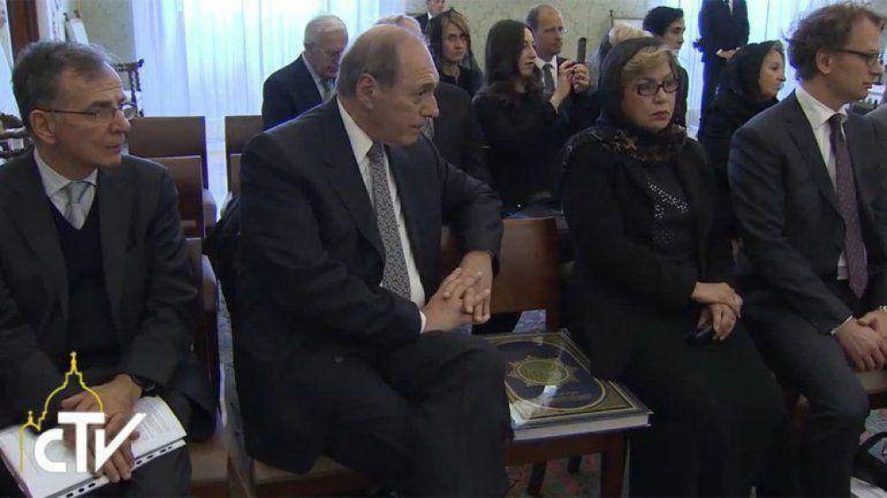 El Papa recibió a Zaffaroni, condenó la pena de muerte y la prisión preventiva
