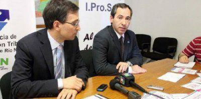 IPROSS: habilitan l�nea gratuita para denunciar cobro del plus profesional