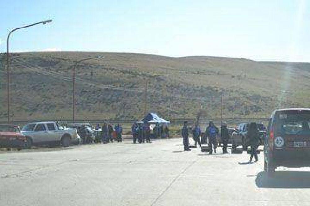 Río Turbio: municipales cortaron la ruta y demandan respuestas