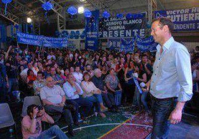 La lista Azul suma apoyo doble en cinco municipios