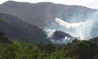 Bomberos controlaron incendio reiniciado en la Comuna San Roque