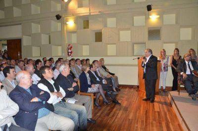 Jorge insiste con crear una comisión para buscar una solución y poder terminar el Megaestadio