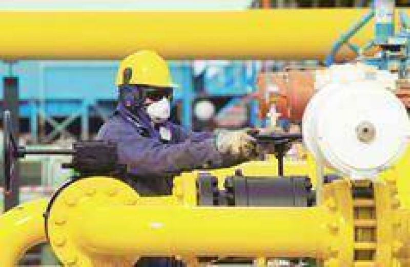 Un conflicto gremial en el Sur amenaza el suministro de gas para grandes empresas