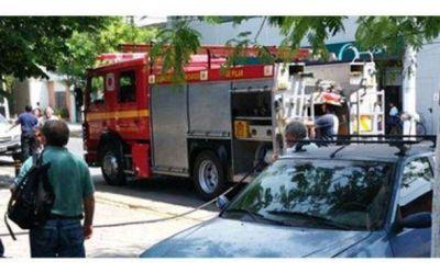 Incendio parcial afect� a las oficinas de EDENOR