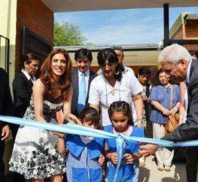 La Gobernadora inauguró el nuevo edificio del Jardín de Infantes N° 16