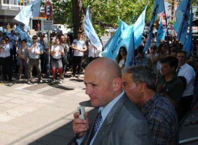 Martín Aiello presenta la Lista 4 Azul de la Asociación Bancaria marplatense