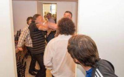 Escándalo en Mar Chiquita: Trompadas y amenazas en el Concejo Deliberante