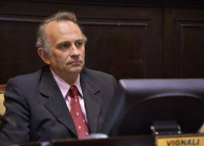 Vignali present� solicitud de informes por descuentos de SOEME