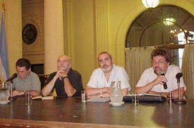 Acusan a Macri de intentar quedarse con sede del Ciudad