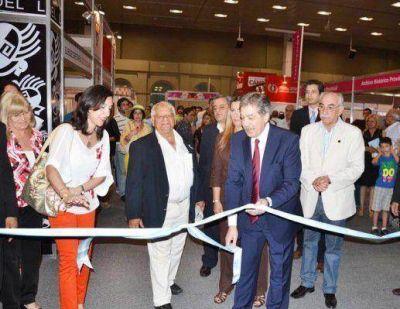 El Jefe de Gabinete, Elías Suárez, dejó inaugurada la V Feria provincial del Libro