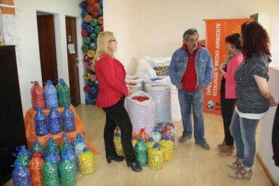 Juntó casi 150 mil tapitas para donarlas a la Fundación Garrahan