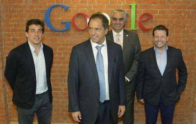 El gobernador visitó las oficinas de Google Argentina