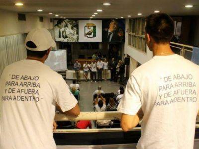 Guiño a Scioli: Bruera evitó la foto con De la Sota