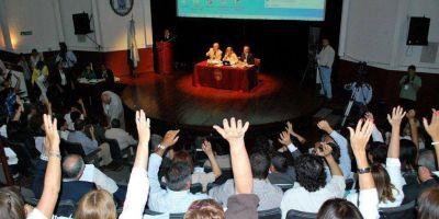 Este lunes continúa el debate por la Reforma del Estatuto Universitario