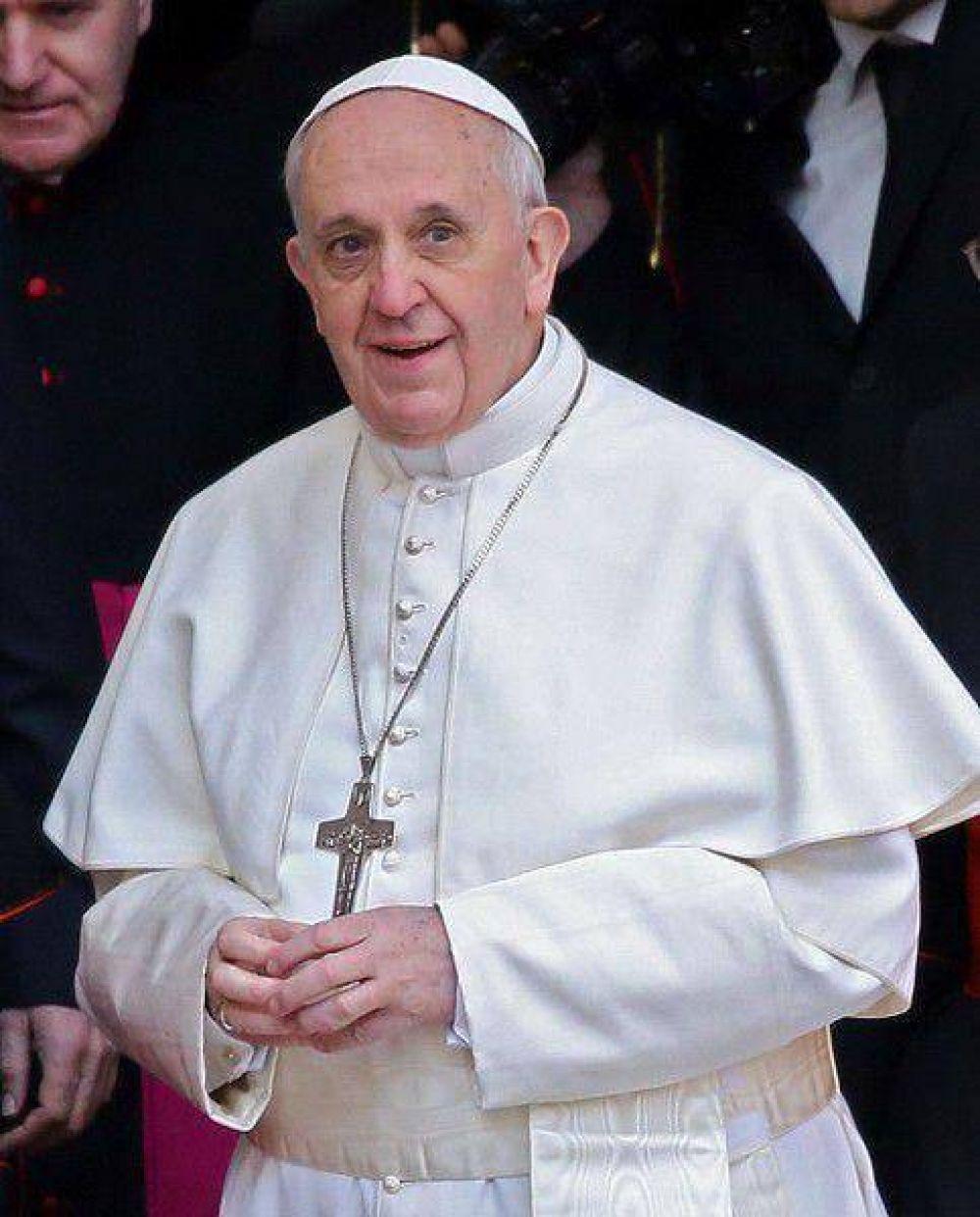 El Papa recordó a los difuntos