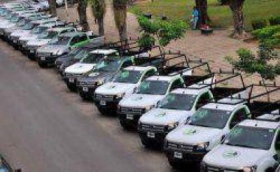 La DPEC incorporó 25 camionetas para mejorar el servicio energético