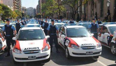 Policías también tendrán bono de fin de año de $ 1.500