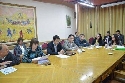 Tras la renuncia de Varela, la Sala Acusadora dio por terminado el juicio pol�tico al ministro
