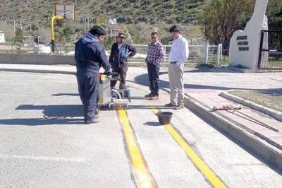 La municipalidad de Rada Tilly comenz� con la demarcaci�n de las bicisendas