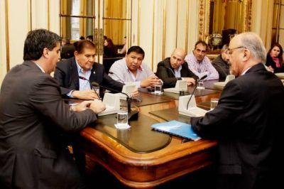 La reuni�n de petroleros con Naci�n por Ganancias continuar� hoy