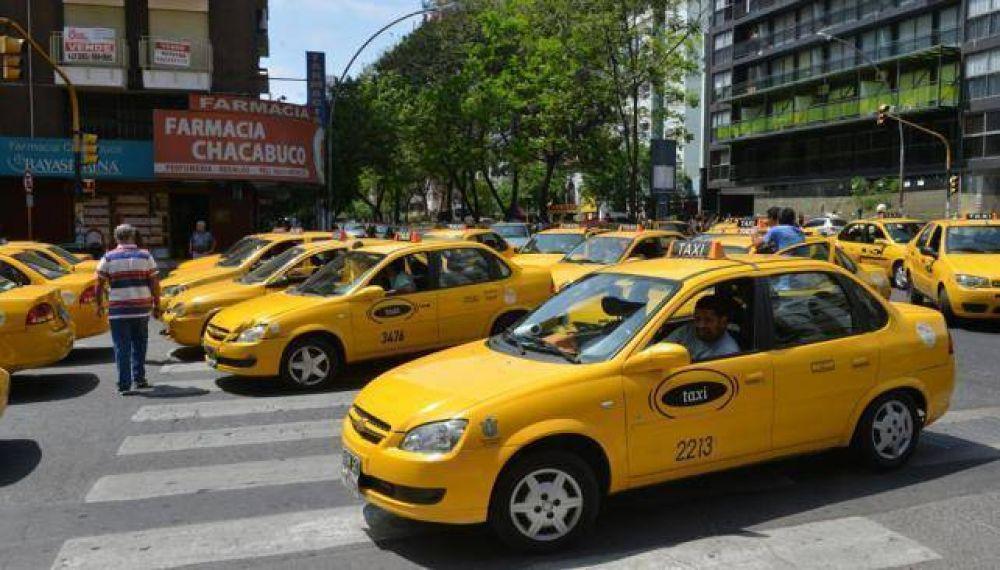 Paro de taxis y suba de tarifa a la vista